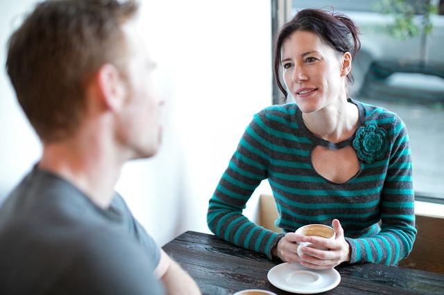 rozhovor u kávy